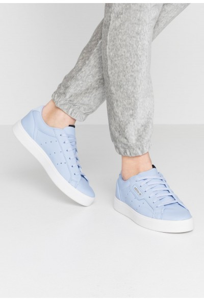 Adidas SLEEK - Baskets basses periwinkle/crystal white pas cher