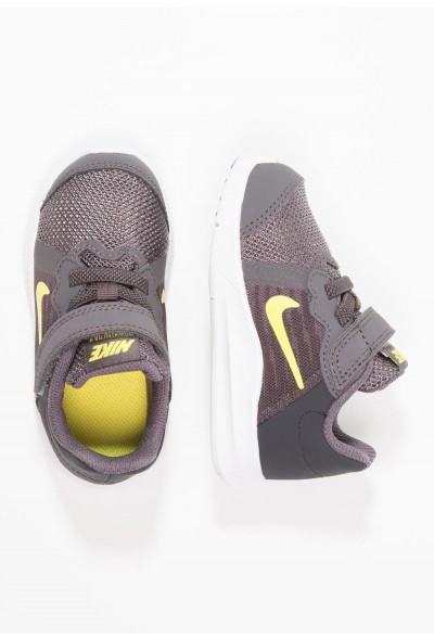Nike DOWNSHIFTER  - Chaussures de running neutres thunder grey/dynamic yellow/oil grey/black/white liquidation