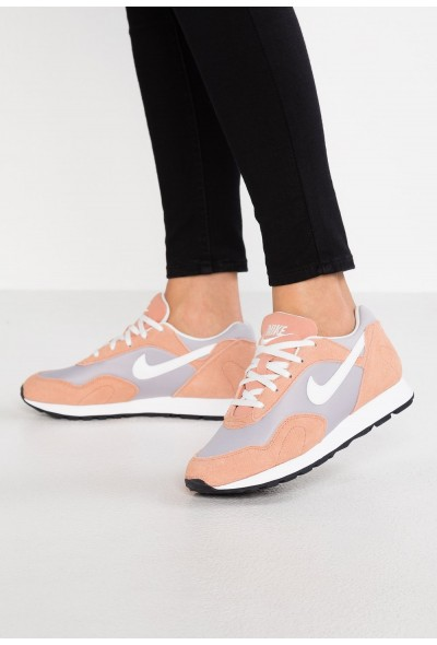 Nike OUTBURST - Baskets basses atmosphere grey/summit white/rose gold/black liquidation