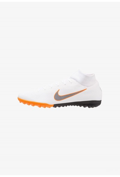 Nike MERCURIAL SUPERFLYX 6 ACADEMY TF - Chaussures de foot multicrampons white/chrome/total orange liquidation