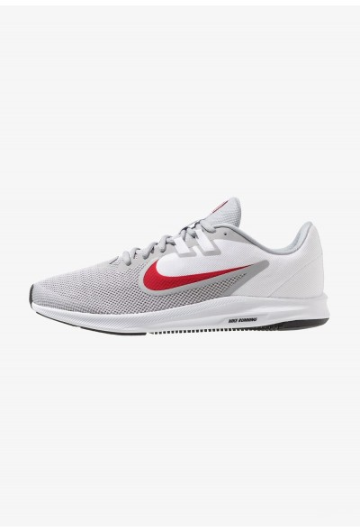 Nike DOWNSHIFTER 9 - Chaussures de running neutres wolf grey/university red/white/black liquidation