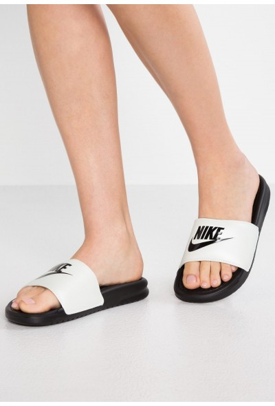 Nike BENASSI JUST DO IT - Mules spruce aura/black liquidation