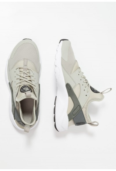 Nike AIR HUARACHE RUN ULTRA - Baskets basses spruce fog/black/mineral spruce/white liquidation
