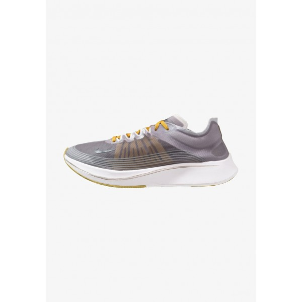Nike ZOOM FLY SP - Chaussures de running compétition black/white liquidation
