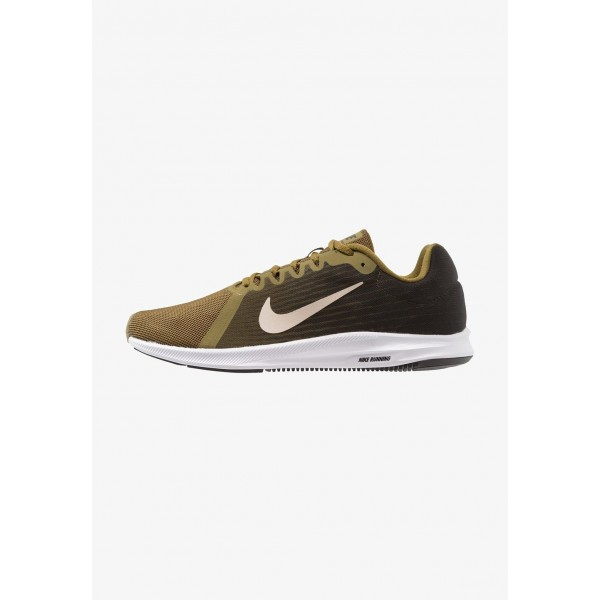 Nike DOWNSHIFTER 8 - Chaussures de running neutres olive flak/string/sequoia/hyper crimson/black/white liquidation