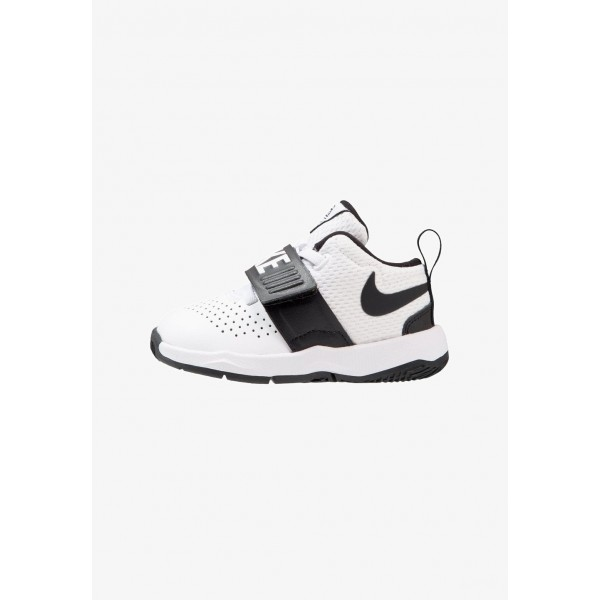 Black Friday 2020 | Nike TEAM HUSTLE D 8 - Chaussures de basket white/black liquidation