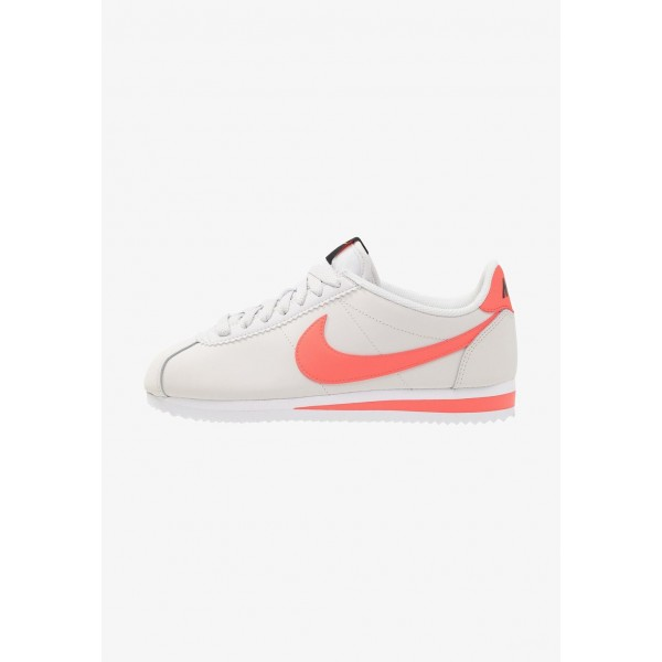 Nike CLASSIC CORTEZ - Baskets basses platinum tint/bright crimson/black/white liquidation