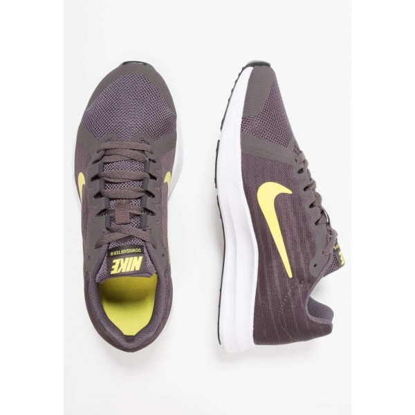 Nike DOWNSHIFTER  - Chaussures de running neutres thunder grey/dynamic yellow/oil grey/black liquidation