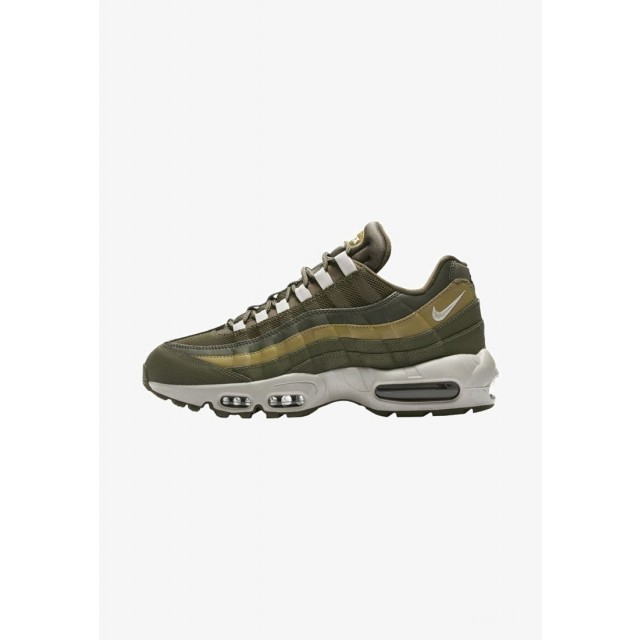 Nike AIR MAX 95 ESSENTIAL Baskets basses oliveoff olive